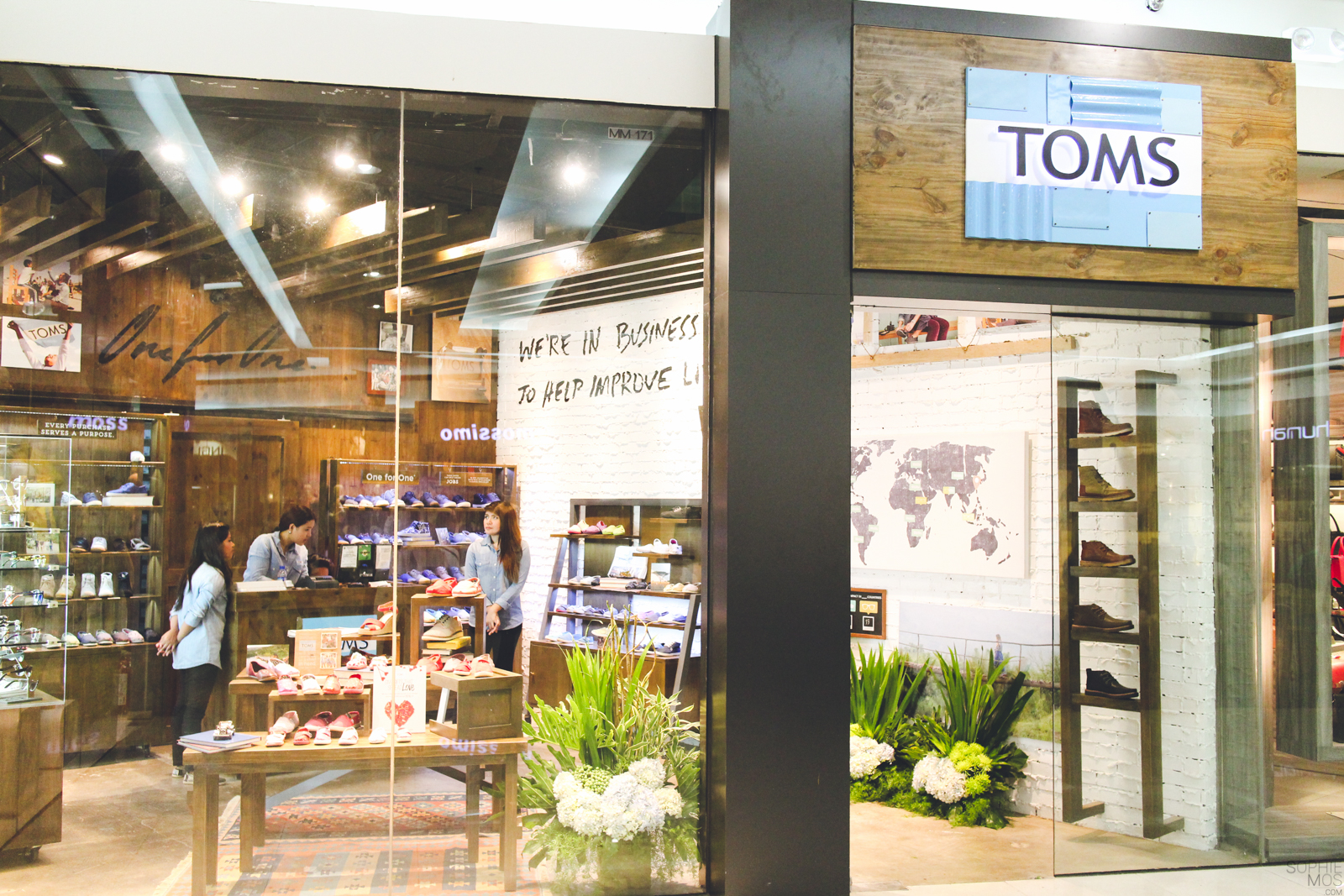 Shops to Visit: TOMS Mall of Asia